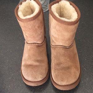 Lam boots (like ugg)